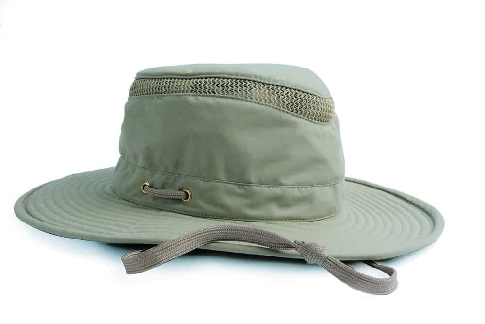 Best Hats for Hunting and Metal Detecting
